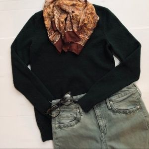GAP Classic V Neck Forest Green Sweater